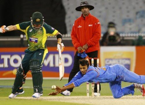 Rohit's century goes in vain as Australia beat India