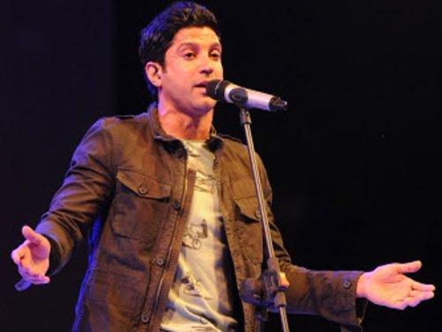 Farhan confirms he's sung duet with Priyanka Chopra