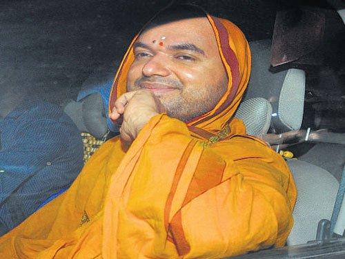 Another HC judge recuses from Raghaveshwara Bharathi case