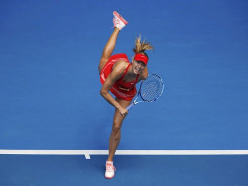 Flustered Sharapova survives scare as Murray cruises