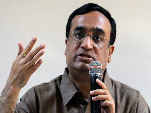 Cong slams Dwivedi, hints at taking disciplinary action