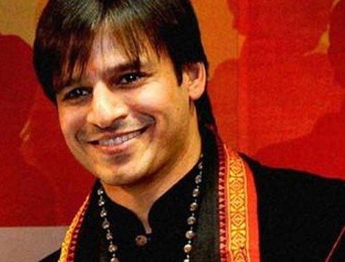 Vivek Oberoi visits Anantapur, pays tributes to Ravi