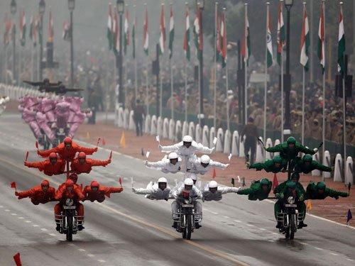 Obama's thumbs-up to BSF 'Janbaz' team's daredevil stunts