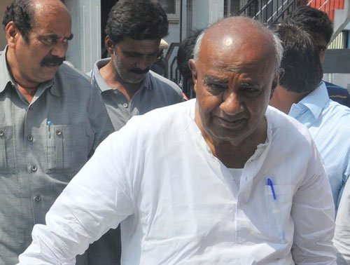 Siddu went to Tirupati to wash away his sins: Gowda
