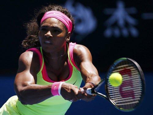 Serena storms into Australian Open semifinals