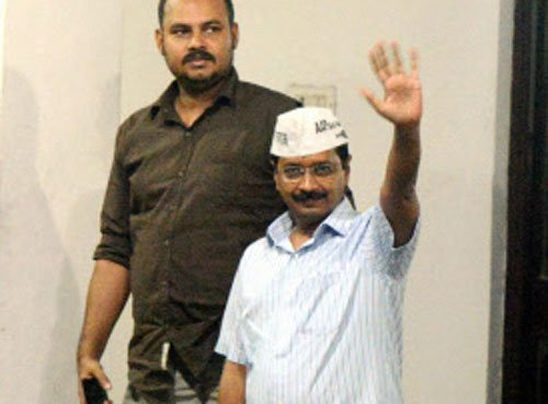 Kejriwal alleges conspiracy to defame candidates, to move EC
