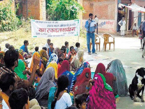 Waterman of Bundelkhand risks life to promote conservation