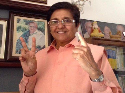 Vote for clean, literate and safe Delhi: Kiran Bedi