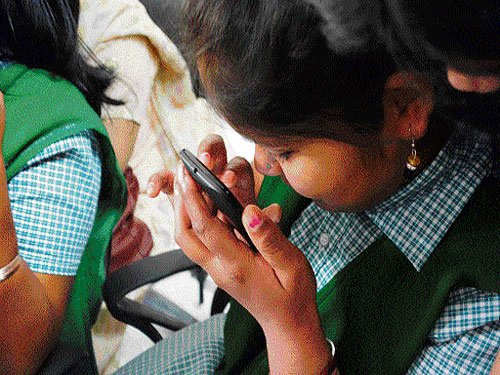 Blind students in DU to get smart canes, DAISY players