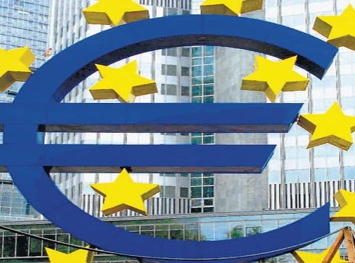 Eurozone question: World's eyes now on Greece