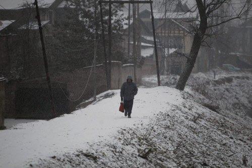 Rain, snow continue in J&K