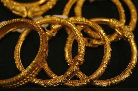 Gold recycling falls to 7-year low, says WGC