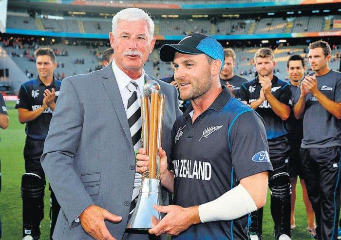 McCullum's captaincy hailed
