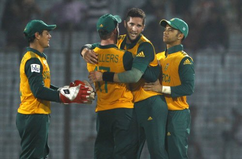 Inconsistent South Africa seek UAE boost