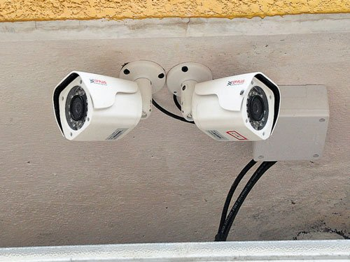 One lakh CCTV cameras to be installed in Hyderabad