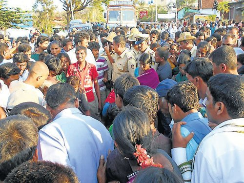Student killed in road mishap, triggers protest