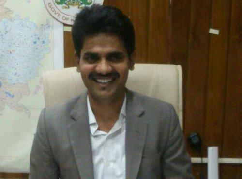 IAS officer DK Ravi found dead in Bengaluru