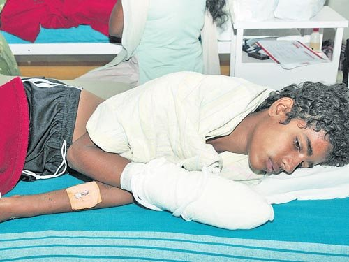14-year-old boy grievously injured in mobile blast