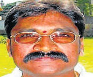Bangarpet MLA pressured Ravi, says father-in-law