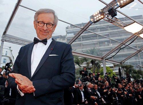 Spielberg's Cold War film titled 'Bridge of Spies'