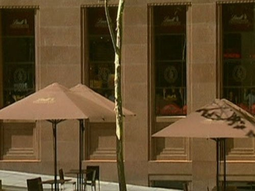 3 months after deadly siege, Sydney cafe reopens