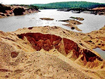 Shortage of quality sand hits construction industry