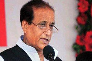 Azam Khan 'gifts' broom, pen to MLAs; taunts Modi