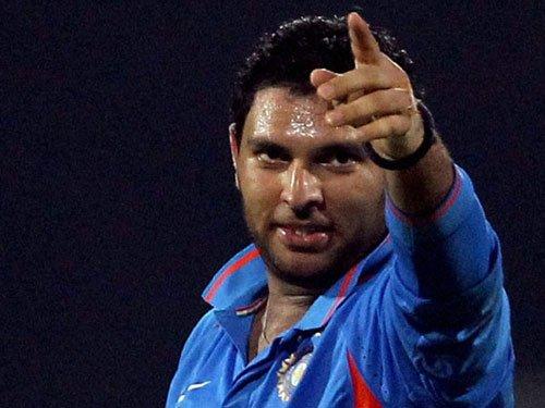 Yuvraj, Zaheer eye Indian team comeback via IPL