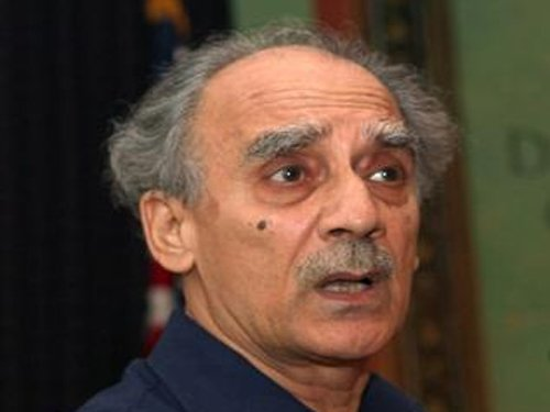 BJP hits out at Shourie's troika remark