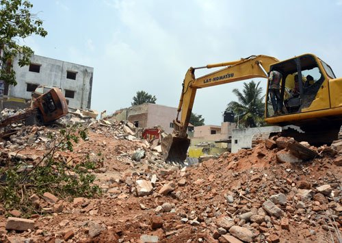 Major demolition drive on to clear encroached lake beds