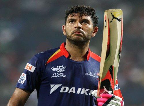 Yuvraj fifty takes Delhi to 152/6 against Mumbai
