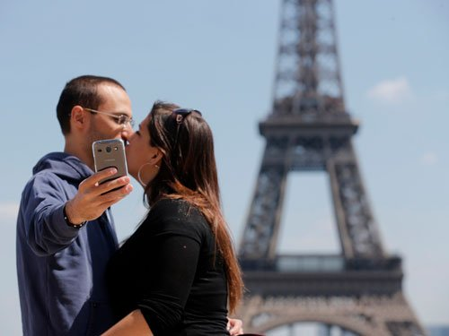 US varsity offers course on culture of selfies