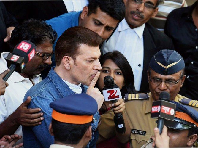 Jiah death: CBI searches residence of Aditya Pancholi