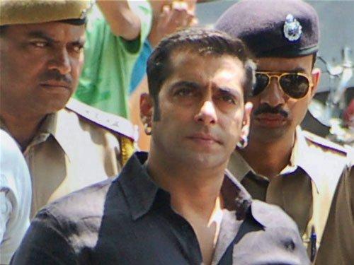 Major setback to Salman in Arms Act case