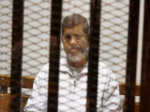 Morsi gets death sentence in Egypt's prison break case