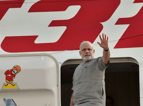 Modi arrives in South Korea on final leg of 3-nation tour