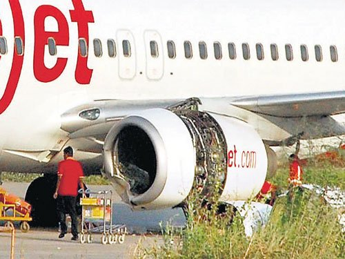 Aircraft with damaged tyre makes safe landing in Goa
