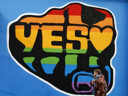 Irish voters back gay marriage in 'social revolution'