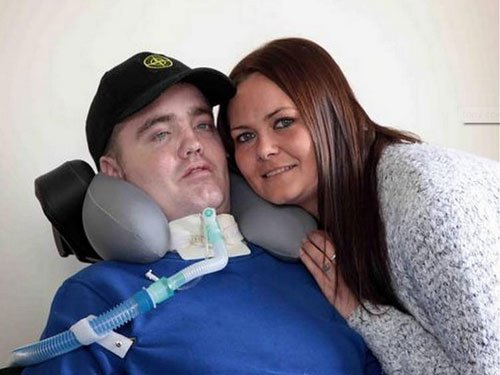'Miracle' man survives after having head ripped from spine