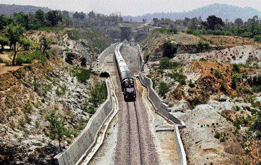 Gujjar stir:WR losing Rs 15 cr daily due to train cancellation