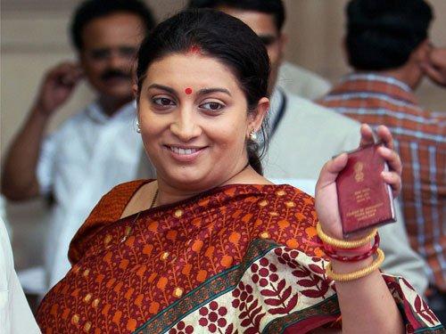 Cong calls Smriti 'sycophant' of Modi