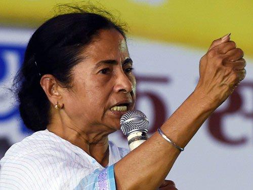 Teesta not on B'desh visit agenda, says Mamata