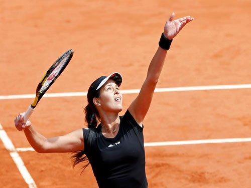 Ivanovic, Safarova into French Open semi-finals