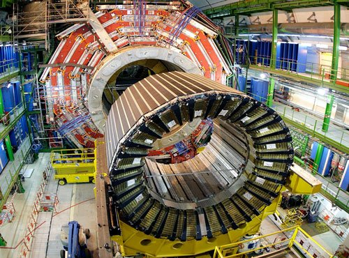 New era in physics, world's biggest particle smasher cranks up