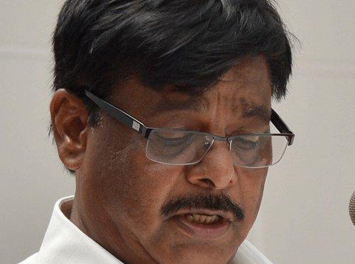 April rain delayed work  on Shiradi Ghat, says minister