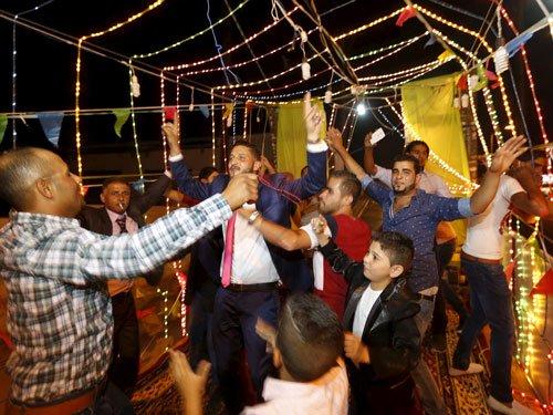 Big fat Indian weddings raking in moolah for US hotels