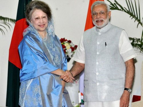 Zia calls on Modi, seeks intervention in 'restoring' democracy