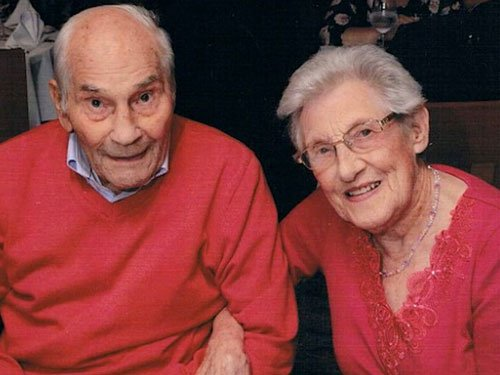 British couple become world's oldest newlyweds