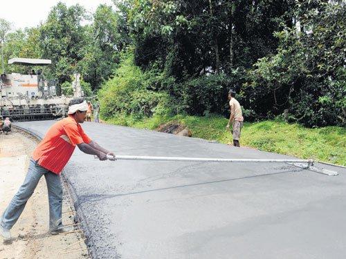 Shiradi Ghat road: Wait gets longer
