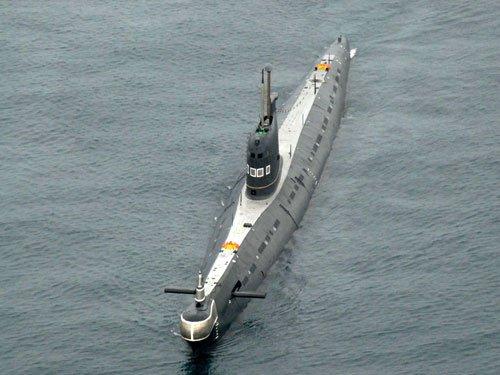 Naval sub begins underwater search for missing Dornier plane